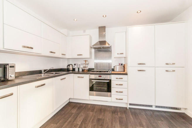 3 Bedroom Semi Detached House For Sale In Cranesbill Avenue