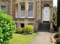 2 bedroom Ground Flat in Osborne Road, Clifton...