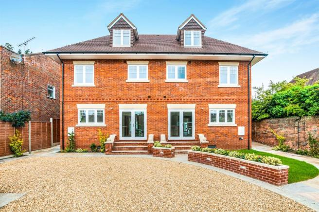 5 bedroom semi detached house for sale in the farthingales maidenhead sl6