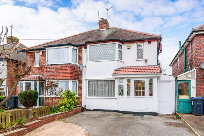 3 Bedroom Semi Detached House For Sale In Charnwood Road Great Barr Birmingham B42