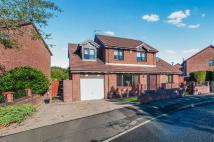5 bedroom Detached house in Tollhouse Way...