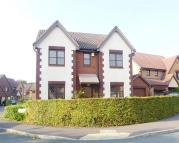 4 bed Detached property in Thornhill Drive, Swindon