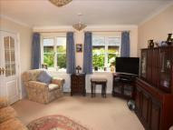 Detached Bungalow in Compton Court...