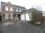 4 bedroom Detached property in Meadow Hill...