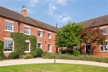 4 bed Character Property in Lowes Lane, Swarkestone...