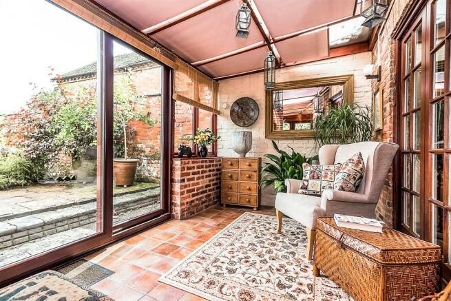 Garden Room: