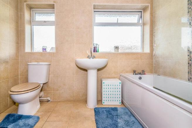 Refitted Family Bathroom: