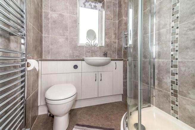 Refitted En Suite: