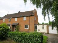 3 bedroom semi detached property in Park Avenue...