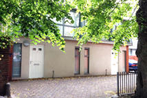 2 bed semi detached property for sale in Dee Hills Park, Chester