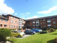 2 bed Apartment in Lower Robin Hood Lane...