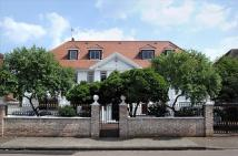 8 bedroom Detached home for sale in Roedean Crescent...