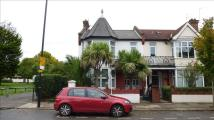4 bed Flat in Southfield Road, Chiswick