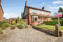 4 bed semi detached house in Chester Road, Kelsall...
