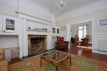 6 bedroom semi detached property for sale in Dagnall Park, London