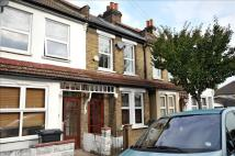 2 bed Terraced home in Dominion Road, Croydon