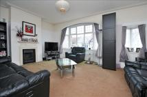 2 bed Flat for sale in Chisholm Road, Croydon