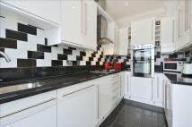 Terraced property for sale in Ashburton Avenue, Croydon