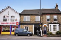 Ground Flat for sale in Northcote Road, Croydon
