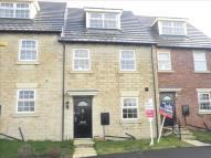 3 bedroom Town House in Goldsworthy Way...
