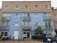 2 bed Apartment in Wooldridge Close, Feltham