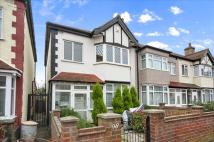 3 bed End of Terrace house for sale in Manor Way, MITCHAM