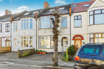 Terraced property for sale in Park Avenue, Mitcham