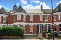 3 bedroom Maisonette in Albert Road...