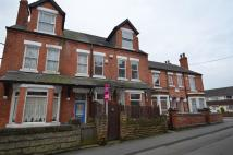 5 bedroom semi detached house in Commercial Road...