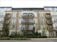 3 bedroom Penthouse in Melliss Avenue, Richmond