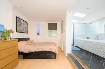 1 bedroom Ground Flat for sale in Eardley Road, Streatham