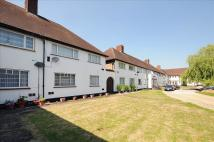 Maisonette for sale in Hook Rise North, Surbiton