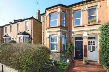 2 bedroom Maisonette in Worthington Road...
