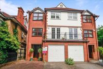Town House for sale in Cecil Road, Sutton