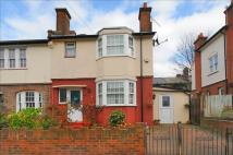 4 bedroom End of Terrace house for sale in Lessingham Avenue, London