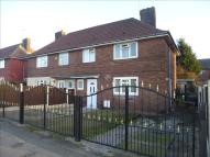 4 bed semi detached property for sale in South Parkway, Leeds