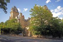 2 bed Apartment for sale in Boothroyds, Dewsbury
