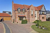 5 bed Detached home in High Grove, Bessacarr...
