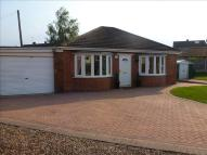 Detached Bungalow in Cecil Avenue, Warmsworth...