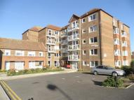 Flat for sale in De La Warr Parade...