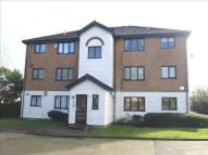 1 bed Ground Flat for sale in Parrotts Field, Hoddesdon