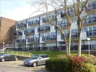 2 bedroom Flat in Hillside, Hoddesdon