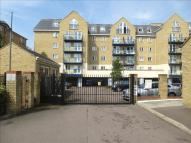 2 bed Apartment for sale in Taverners Way, Hoddesdon
