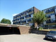 2 bed Maisonette for sale in Hillside, Hoddesdon