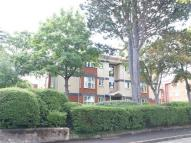 2 bedroom Ground Flat in Pershore House...