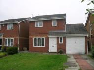 Detached property to rent in Shepsides Close...