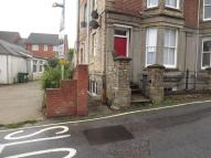 1 bed Ground Flat to rent in Station Approach...