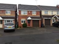 3 bedroom Detached property to rent in BRACKENDALE DRIVE...