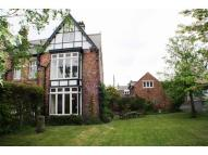 5 bed semi detached property in Milverton East...
