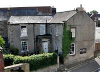 Town House for sale in Hallgarth House...